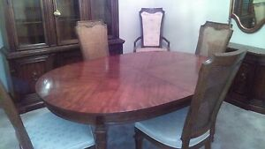 Vintage Drexel Heritage 9 Piece Dining Room Table 6 Chairs And 2 Leaves