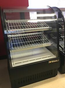True Refrigerate Bakery Display Case Like New Black