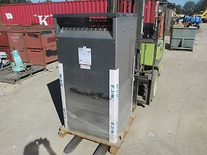New Eaton cutler Hammer 300 Kva Distribution Transformer V24r28t33eess A