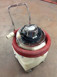 Crusader M1050 Professional Wet Dry Vacuum Shop Vac Utility Commercial