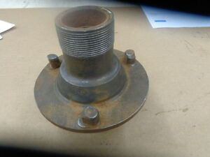 Model T Ford Accessory Hayes Wire Wheel Hub Mt 1076
