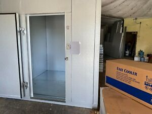8 X 6 X 7 8 Walk In Freezer We Are Custom Builders And Can Make Any Size