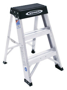 Werner 2 Ft Aluminum Step Ladder 300 Lb Type Ia