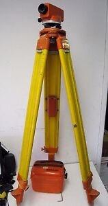 Wild Heerbrugg Nak 0 Leveling Survey Level Instrument W Case And Tripod Stand