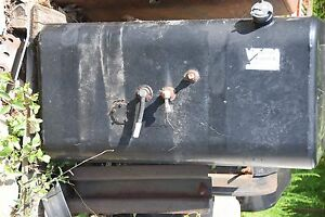 60 Gallon Heno Diesel Tank With Mounting Brackets