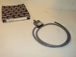 Honeywell Micro switch 914ce3 3a Roller Limit Switch New