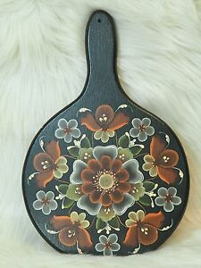 Vintage Rosemaling Round Wood Cutting Board Hand Painted Scandinavian Art 11 5