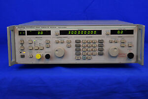 Anritsu Mg3631a Synthesized Signal Generator 0 1 1040 Mhz Price Drop