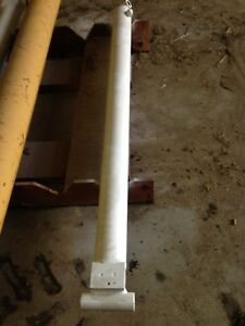 White Hydraulic Cylinder Single Acting Approximately 5 Five Feet Long 2 1 2 Rod