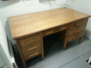 Solid Oak Desk Med Oak Real Wood 1940 s 1950 s Vintage Table Retro Art S