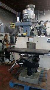 Bridgeport Ez trak Milling Machine 3 Axes