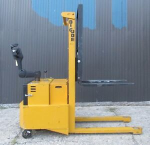 Big Joe Forklift Walk Behind 2000lb 60 Lift With Charger 24v Power Drive Pdh20