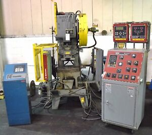 Minster b1 22 22ton Press W servo Feed