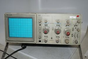 Tektronix 2213 Digital Oscilloscope 60 Mhz 2 Channel Test Unit Measuring Device
