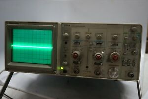 Tektronix 2215a Digital Oscilloscope 60 Mhz 2 Channel Test Unit Measuring Device