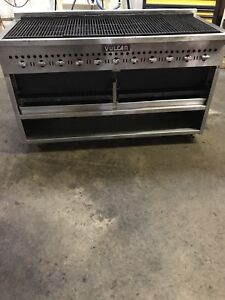 Vulcan 72 Commercial Radiant Char broiler W Smoke Drawer Natural Gas