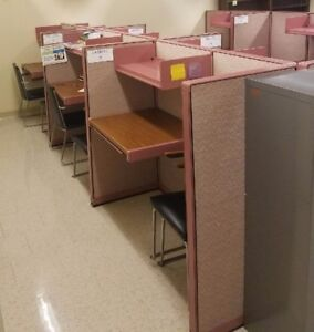 18 Piece 8 Desk Steelcase Modular Office Cubicle Wall Partition System 40 Feet