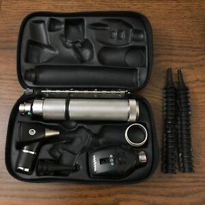 Welch Allyn Diagnostic Set Otoscope And Opthalmoscope