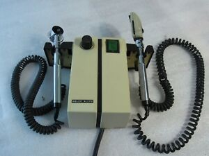 Tested working Welch Allyn 74910 Otoscope Opthalmoscope Complete W 2 Heads