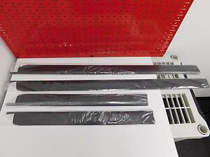 New Land Rover Lr2 Door Molding Rubbing Strip Set Lr002791 Genuine Land Rover
