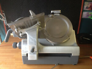 Hobart 2912 Automatic Slicer W sharpener