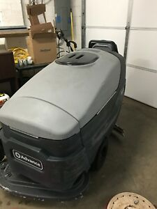 Warrior X32d c Automatic Floor Scrubber