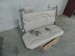 01 06 Suburban Third Row Seat Tan Leather 439253