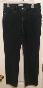 Lee Classic Fit Straight Leg Womens Size 10 Petite Denim Blue Jeans