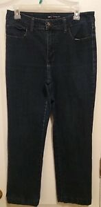 Lee Classic Fit Straight Leg Hand Hemmed Womens Size 10 Petite Denim Blue Jeans