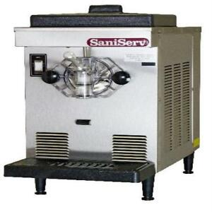 Saniserv Df200 7 Qt Soft Serve Ice Cream Machine Frozen Yogurt