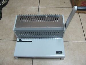 Gbc Combbind C250 Binding Machine Great Condition