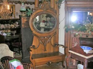 Antique Quartersawn Oak Halltree Very Large And Fine Great Carvings And Crest