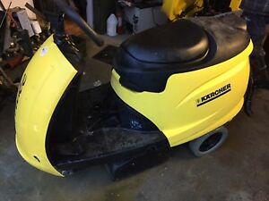 Tornado Karcher Trike Br bd Riding Floor Scrubber Ride on low Hours