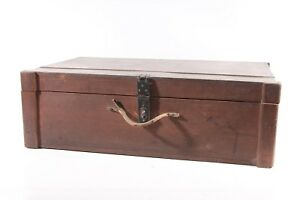 Old Wooden Box Suitcase Wood Transport Chest Box Classic Car Vintage Chest