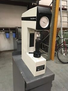 Wilson Instron 103 R Hrc Rockwell Hardness Tester W Stand