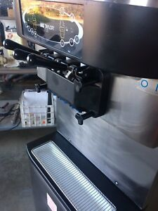Taylor Soft Serve Ice Cream Machine Model 713 33 Water Cooled