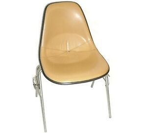 Herman Miller Leather Bucket Chair Stackable W chair to chair Interlock Legs