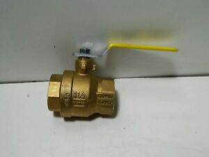New Rwv Brass Ball Valve With Threaded Ends 1 1 2 In 500psi
