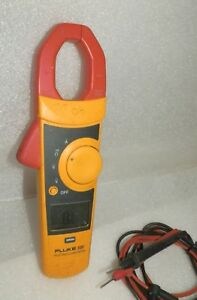 Fluke Clamp Meter 335 With Leads True Rms A Bit Of Dirt Writing And Scuffs B