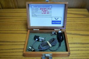 Instron 2630 011 5 Gage Length 0 050 Travel Extensometer Yield Tensile Tester