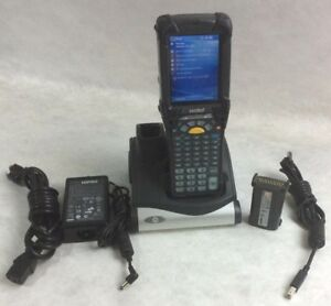 Motorola symbol Mc9090 Wireless Barcode Scanner w Adapter Cradle Spare Battery