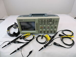 Tektronix Tds2014 Digital Storage Oscilloscope 4 Channel 100 Mhz 1gs s