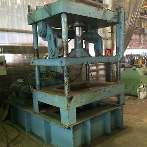 100 Ton Hydraulic 4 post Press