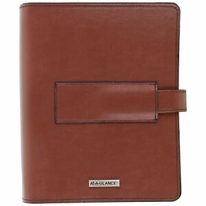 At a glance Refillable Weekly Planner 2018 5 1 2 X 8 1 2 Brown dr3003 4001