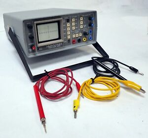Huntron Tracker 2000a Electronic Component Tester Good Crt W probes tested