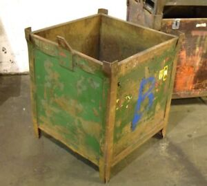 24 X 24 X 28 t Steel Stackable Tubs