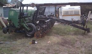 Great Plains 15 No Till Grain Drill Even Stand