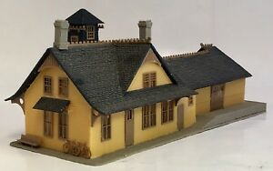Vintage 1970s Ho Quick Toy Train Station Mercantile Store Building West Germany