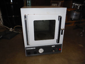 Fisher Isotemp Model 281a Vacuum Oven
