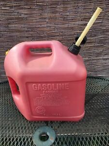 Blitz 5 Gallon Vented Gas Fuel Can With Flex Spout 11833 Made In Usa